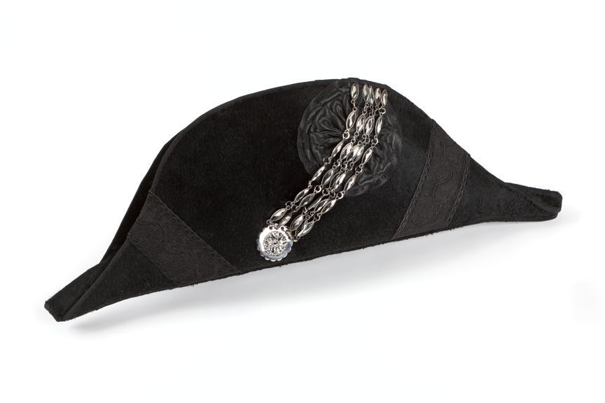 Court dress bicorne hat, worn by HV Roe.