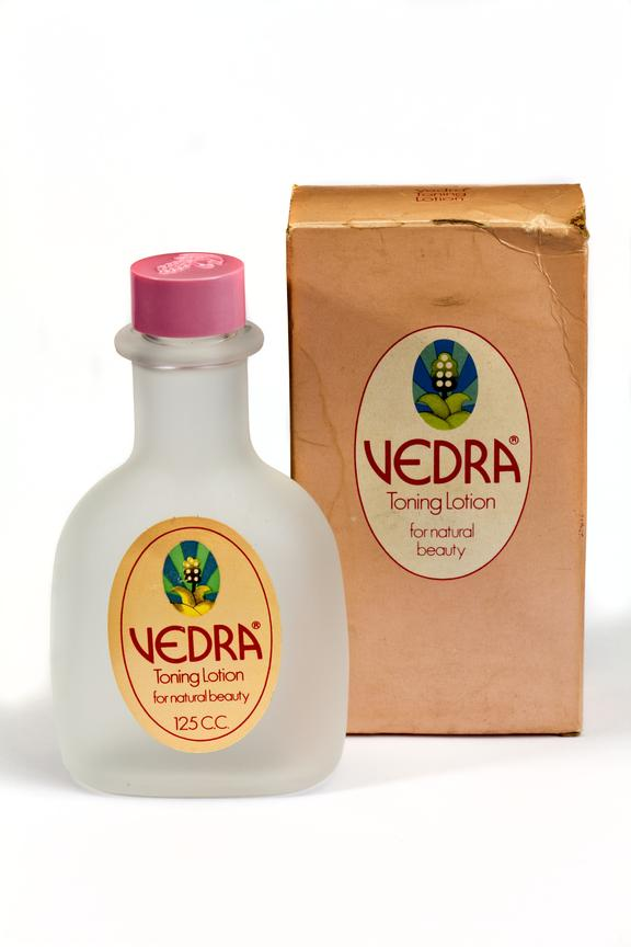Vedra Toning Lotion with card box, photographed straight on view on a white background.