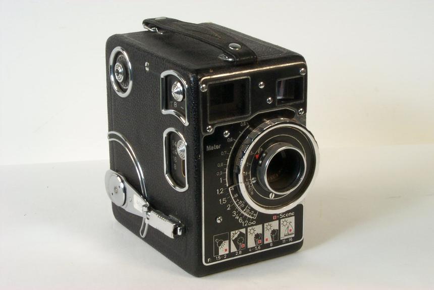 Siemens C ll Magazine 16mm Cine Camera, 1936
