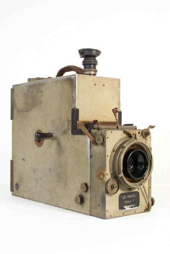 Debrie Parvo Model T 35mm cine camera
