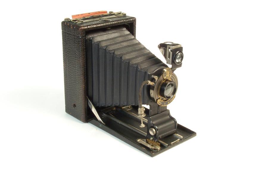 """Premoette Senior camera       A folding camera for 3 1/4"""" by 4 1/4"""" film packs"""