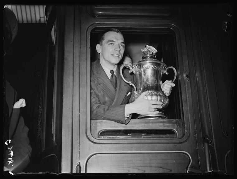 Raich Carter holding the FA Cup       A photograph of Sunderland captain, Raich Carter, holding the FA Cup