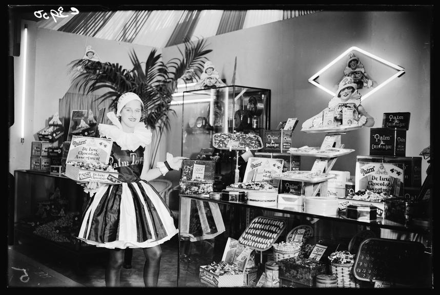 Palm Toffee Girl       A photograph of the Palm Toffee Girl, taken by James Jarche (1891-1965) for the Daily Herald newspaper on 30 August