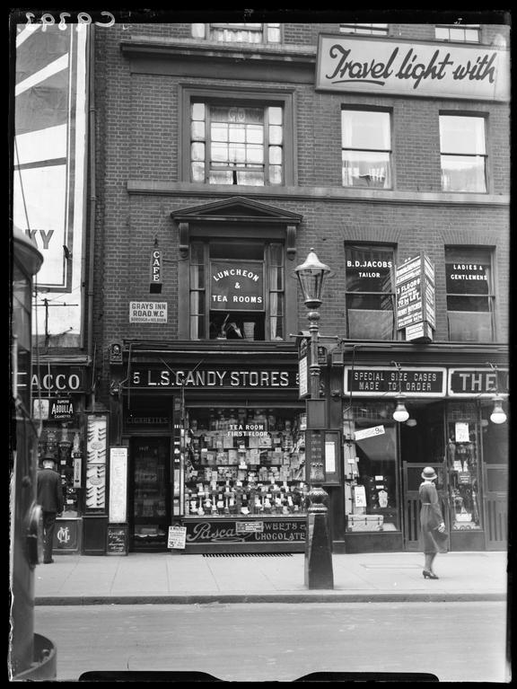 The shop in Gray's Inn Rd connected with Brighton Trunk Murder       A photograph of a shop in Gray's Inn Road, London, connected with the Brighton Trunk Murder
