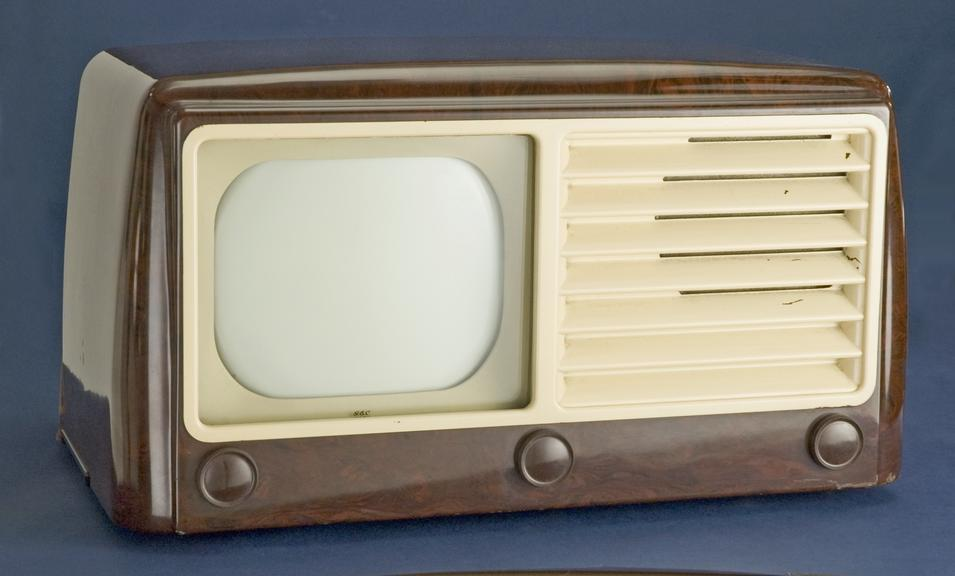 GEC 1091 9 inch television receiver, about 1949       A GEC 1091 9 inch television receiver from about 1949. It cost  £54-2-8 (including tax) when new