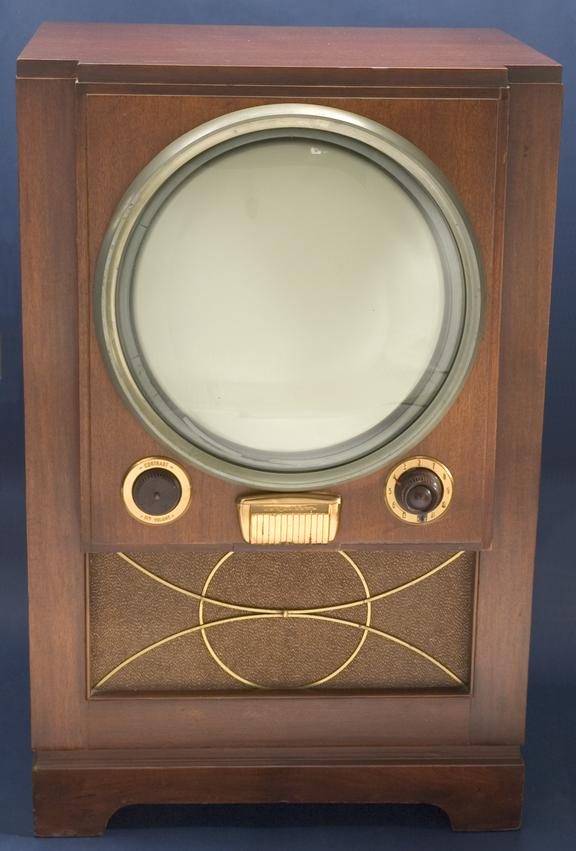 """Raytheon M-1601 16"""" console television receiver       A Raytheon Model M-1601 console television receiver from 1950"""