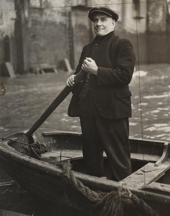 Charlie Lardner       A photograph of Charlie Lardner, taken in December 1938 by Saidman for the Daily Herald