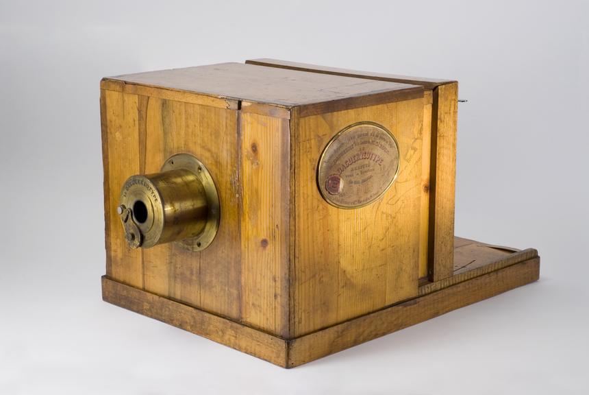 Daguerre-Giroux camera       Daguerre-Giroux camera, the original made in 1839 by Alphonse Giroux (c. 1775-1848)