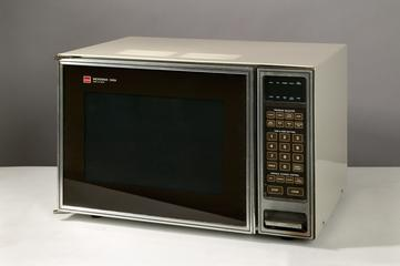 Samsung microwave oven, 1990s | Science