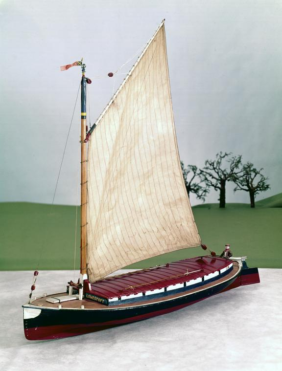 Model of Norfolk Wherry, scale 1:16. From a colour transparency in the Science Museum Photographic Archive.