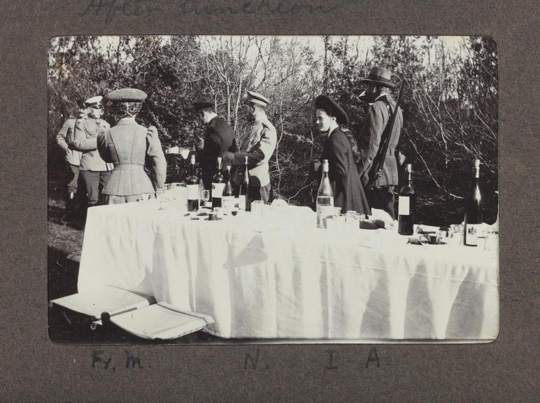 1990-5037/P80/4/15/2, A hunting trip with Tsar Nicholas II. Photographed: Tsar Nicholas II
