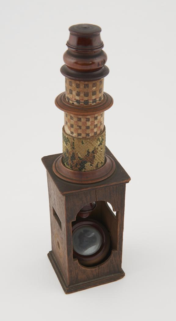 Nuremburg drum microscope with JFF' in heart shape branded on base, German, circa 1800'