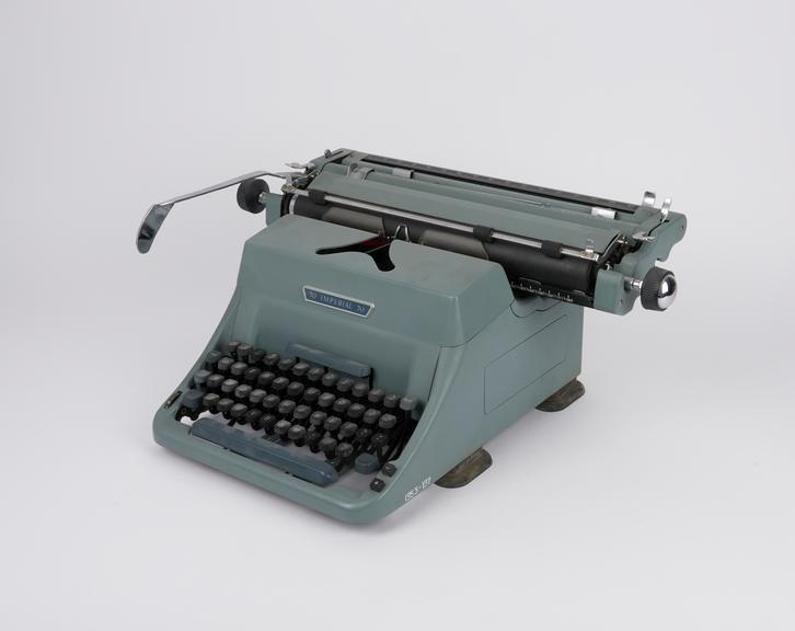 Imperial typewriter model 70