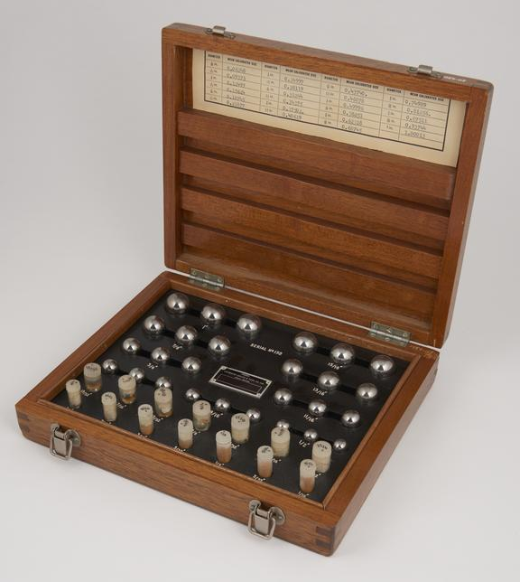 Set of Matrix' calibrated grade A steel balls, 1/16' to 1', in case.'