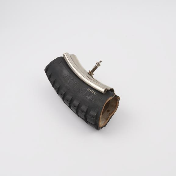6 section, cover, tube and rim: 2.75' Fort Dunlop wired tyre on W.M.1 rim, for motor cycles'