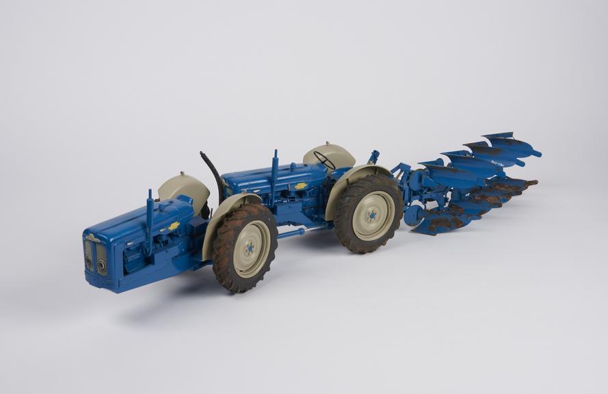 1:12 scale model of Doe's dual drive tractor Triple-D'.'