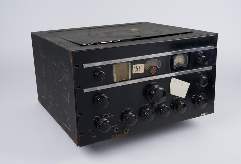 R.C.A. A.R.88' receiver (damaged and incomplete)'