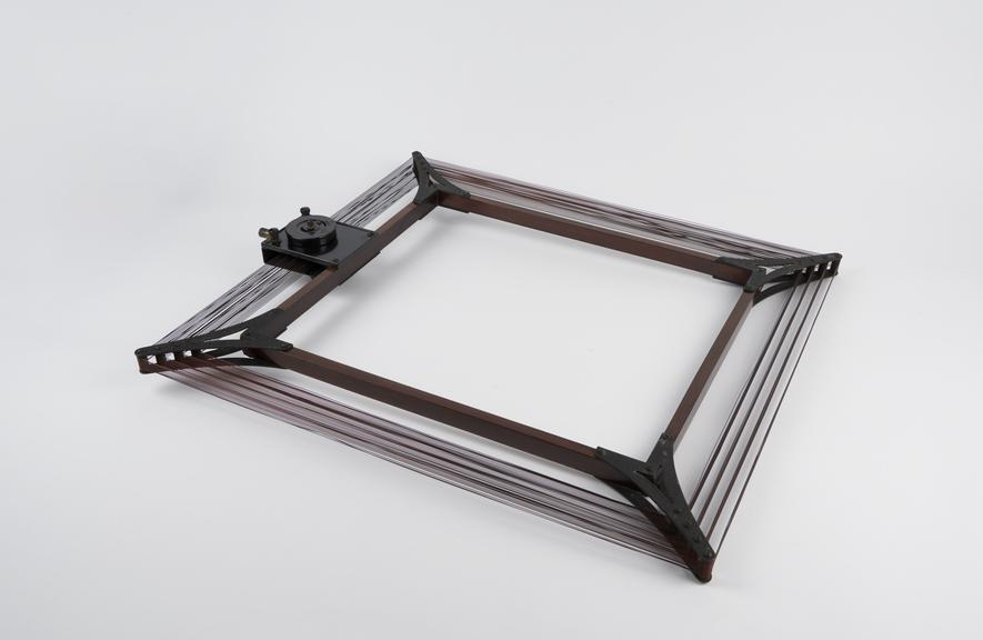 Frame aerial with short/long' switch, c. 1927'