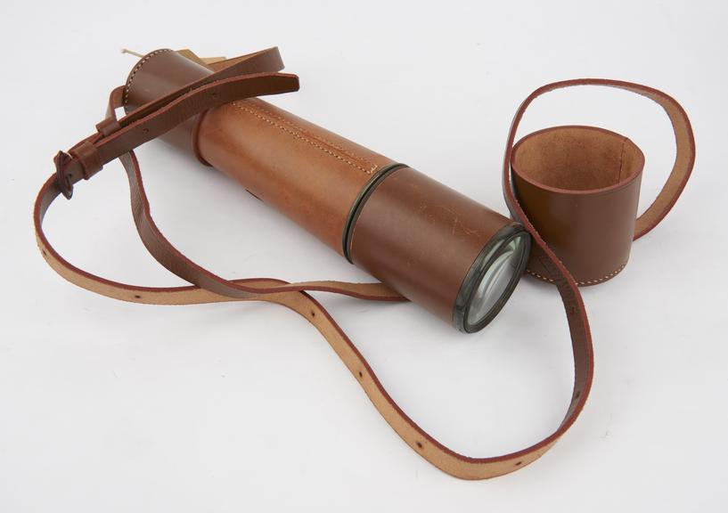 4-draw Target' telescope, with coated lenses and pancratic eyepiece, engraved 'Dollond London', and fitted with leather