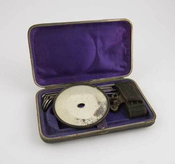 Larynggoscopic set, in case, owned by G.G.P., 1850-1920