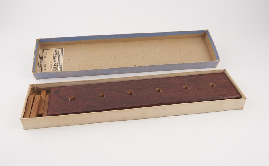 Wallen's peg board B' Stutsman test by C.H. Stoelting Co., Chicago'