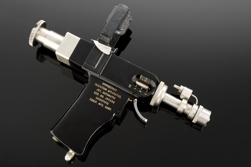 """Multidose Jet Injection Apparatus, known as """"PED-O-JET"""", hydraulically powered, with carrying case, by Scientific"""