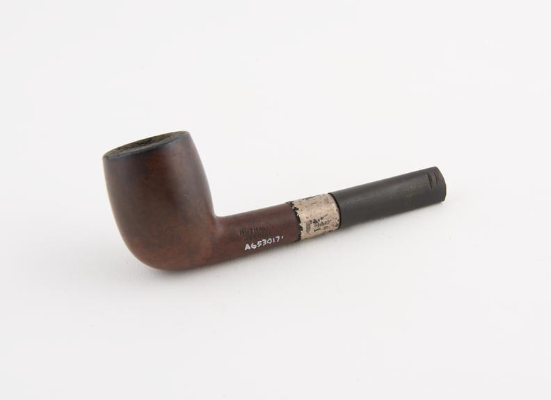 Briar tobacco pipe, punched Nuthall's Special', J.G.N. maker, assayed Chester, England, 1922-1923'