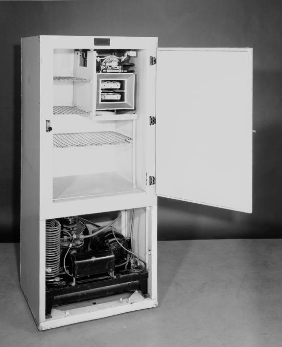 Frigidaire domestic refrigerator, 1927 model (in working order).