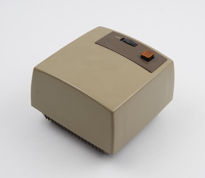 P.O. speakerset (amplifier and loudspeaker unit No. 4), c. 1971
