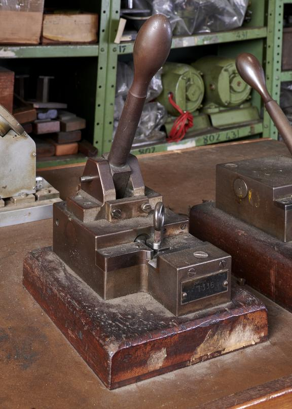 """Hand Stamp Fixture for 0.2"""""""