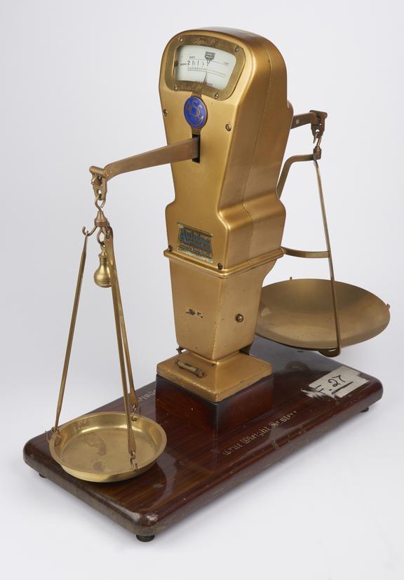 Semi-Automatic Scales