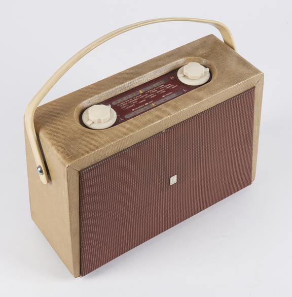 Ferranti Model 855 Radio