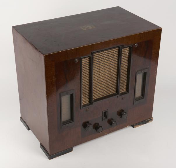 Gramophone Radio set