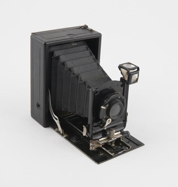 Ernemann A-6 Camera