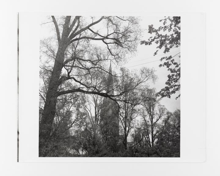Andor Kraszna Krausz Collection. Silver gelatin copy print made ca.1970s. Sir Cecil Beaton photograph of Salisbury