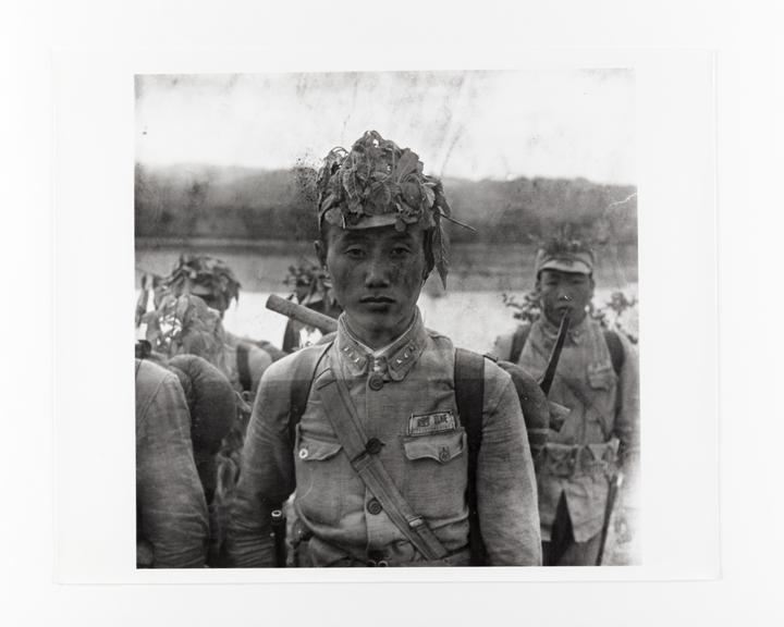 Andor Kraszna Krausz Collection. Silver gelatin copy print made ca.1970s. Photograph by Sir Cecil Beaton of a Chinese