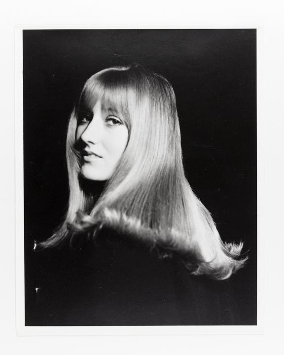 Andor Kraszna Krausz Collection. Silver gelatin copy print made ca.1970s. Photograph by Sir Cecil Beaton of Lady