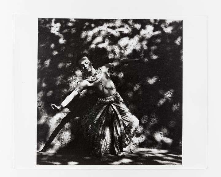 Andor Kraszna Krausz Collection. Silver gelatin copy print made ca.1970s. Photograph by Sir Cecil Beaton of Indian