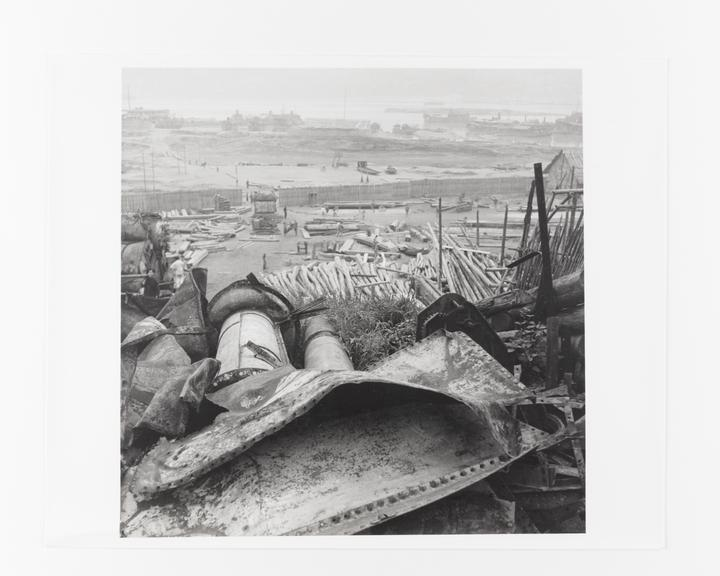 Andor Kraszna Krausz Collection. Silver gelatin copy print made ca.1970s. Photograph by Sir Cecil Beaton of the