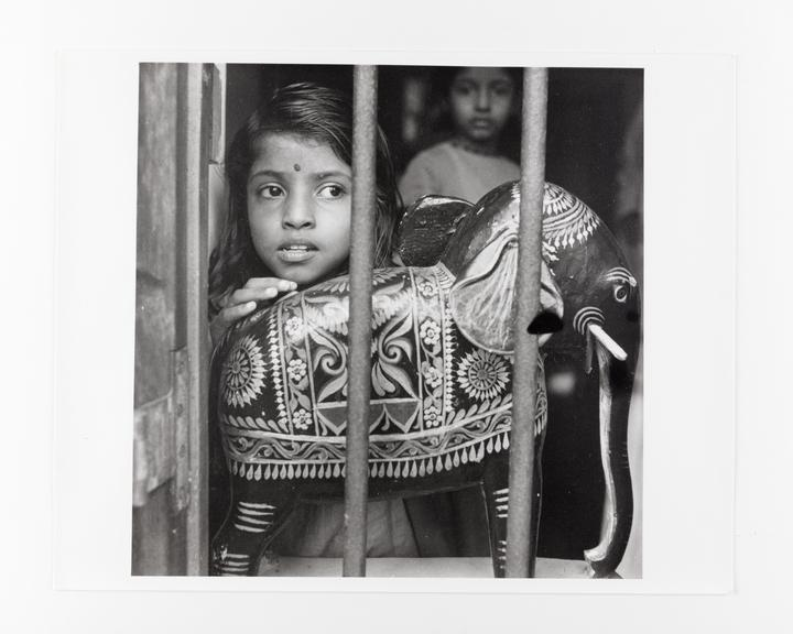 Andor Kraszna Krausz Collection. Silver gelatin copy print made ca.1970s. Photograph by Sir Cecil Beaton of one of the