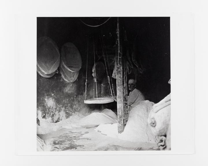 Andor Kraszna Krausz Collection. Silver gelatin copy print made ca.1970s. Photograph by Sir Cecil Beaton of a salt