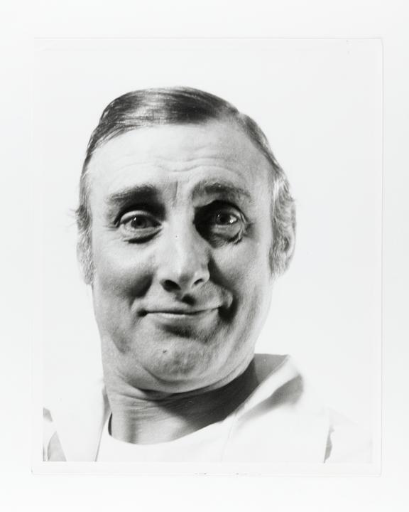 Andor Kraszna Krausz Collection. Silver gelatin copy print made ca.1970s. Photograph by Sir Cecil Beaton of comedian