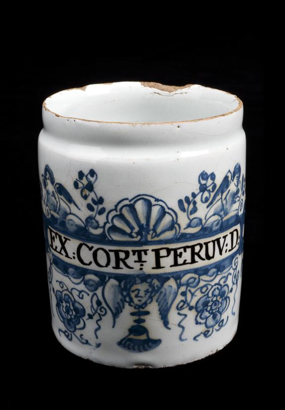 Lambeth delftware pill jar, decorated and labelled EX:CORT; PERUV:D (hard extract of cinchona bark), 1710-1740. Full