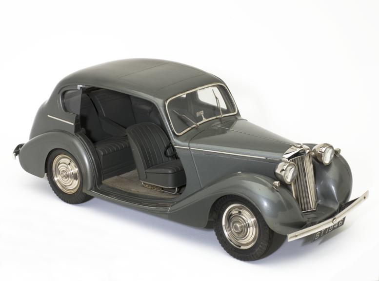 Model of Sunbeam-Talbot 10 h.p. saloon motor car, by Bassett-Lowke, Northampton, Northamptonshire, England, 1946