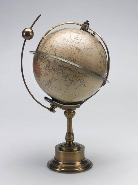 1909-199 Pt1: 'Empire' type world clock for indicating the time around the globe at various longitudes with