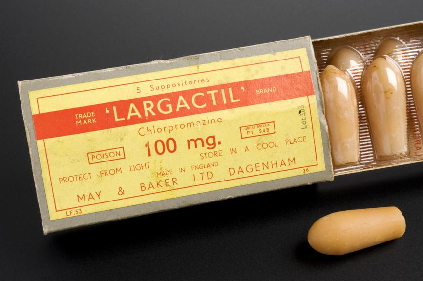 1x5x100mg pack of largactil suppositories (chlorpromazine hydrochloride), by May and Baker, 1970-1985.       Full view, box