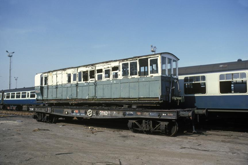 Lynton and Barnstaple Rly Brake Composite/Observation Saloon No 2 (SR No 6992) - 1982